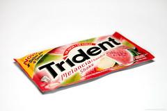 (Carolina Trck) Tags: food colors gum cores still comida melancia melon chiclete trident melo carolinatrck