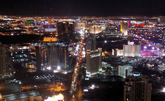 Las Vegas Skyline at Night (lemoncat1) Tags: venice paris skyline america unitedstates lasvegas nevada strip gondola venetian bellagio monorail ballys stratosphere parislasvegas lasvegasskyline monorailstation lasvegasskylinenight