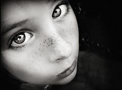 (Lá caitlin) Tags: portrait sepia eyes henry