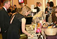gala auction photo