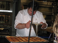 Pierre Hermé: Assembling the Vanilla Tart