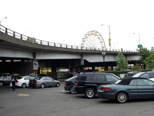 Morrison Bridge Parking with Rose Festival