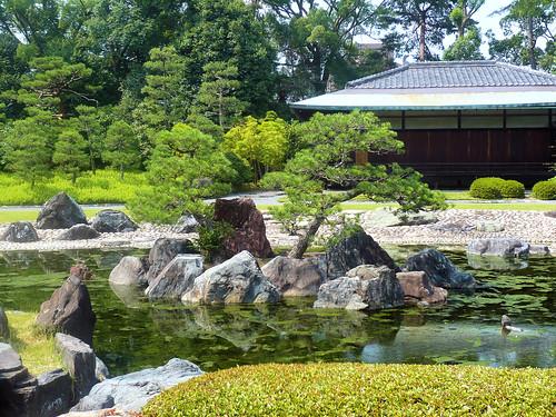 Nijo-jo gardens - Island