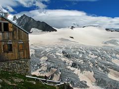 Crevassed glacier below Albert hut (radovanstejskal) Tags: mountains alps switzerland albert glacier hut chamonix cabane letour hauteroute svycarsko alberthut radovanstejskal