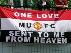 Man utd flag therepublikofmancunia manchester united 3 voltagebd Image collections
