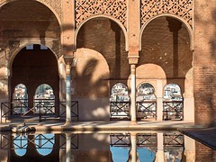 Water rings (mau_tweety) Tags: windows water reflections arches alhambra granada 1001nights acqua reflexions riflessi soe archi finestre flickrsbest anawesomeshot goldenphotographer ysplix theperfectphotographer goldstaraward rubyphotographer vanagram