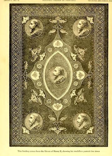01c- Libro encuadernado de la biblioteca de Henry II con 5 portarretratos en medallon
