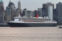 QUEEN MARY 2 (QM2) in New York, USA. October, 2008 (Tom Turner - SeaTeamImages / AirTeamImages) Tags: ocean city nyc cruise usa newyork classic water skyline port island bay coast harbor boat newjersey marine ship unitedstates harbour manhattan mary transport shoreline vessel spot queen passengers queenmary pony shore maritime transportation pax passenger qm2 bigapple queenmary2 cunard channel spotting waterway gardenstate libertystatepark liner oceanliner tomturner
