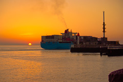C-2828-Lr Container ship under Le Havre sunset     (Rolye) Tags: sunset sea sky france beach port photoshop boats photo view shot pentax photos shots unique www images best havre technorati views  bloglines containership 1001nights picturesque aol thebest containers kline lehavre imagesgooglecom googlecom    yahoocom     beautysecret conteneurs containervessel k10d pentaxk10d porteconteneurs imagesyahoocom flickrestrellas rolye portinlehavre portoflehavre flickraward izitucom sinogoo francenormandielehavre