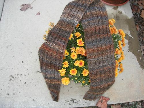 Handknit scarf BFL far