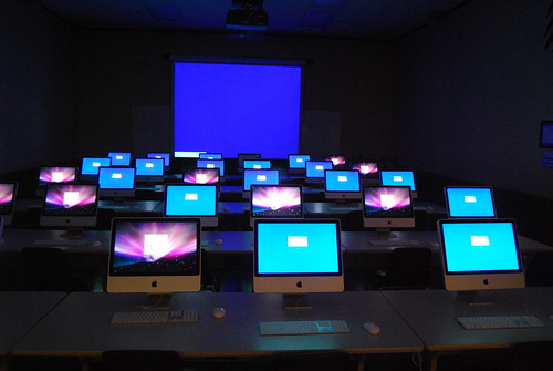 Computer lab by ecastro, on Flickr