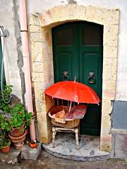 It's raining (fiammetta53) Tags: door rain umbrella cuglieri youmakemesmile fiammetta53