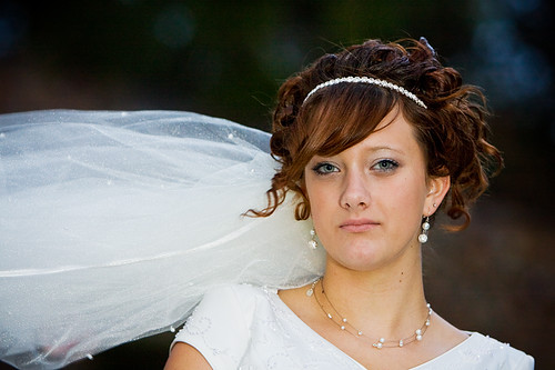 Your Best Wedding: Bride With Headband Veil Curly Updo