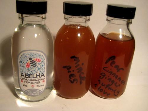 abelha cachaca infusions minatures