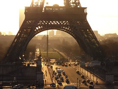 early morning (Pierre Metivier) Tags: sun paris france topf25 topv2222 sunrise topf50 topf75 europe topv1111 eiffeltower toureiffel topf100 earlymorninglight