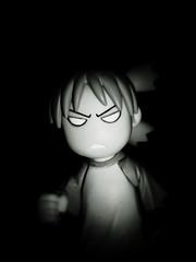yotsuba and darkness (Luckykatt) Tags: comic manga kaiyodo yotsuba  revoltech yotsubakoiwai enokitomohide luckykatt kiyohikoazumayotsubasutazio