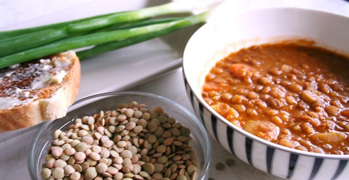 Gröna linser med potatis och morot (Mercimek)