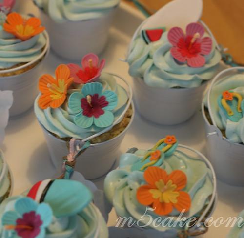 Luau cupcakes - 1