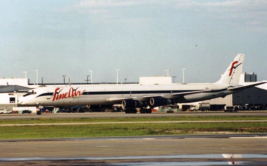 FINE AIR DC-8-61F N27UA(cn349)