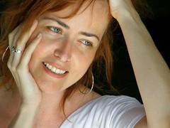 Marcya (Graça Vargas) Tags: portrait woman brasília brasil graçavargas duetos marathonbrasíliaflickrfriends maratonabrasíliaflickrfriends 4904300408 ©2008graçavargasallrightsreserved