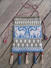 Finished: Medieval pouch again (litlnemo) Tags: wool knitting heraldry sca medieval pouch fairisle stranded garb cascade220 colorwork circularknitting brunswickgermantown