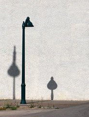 That's interesting (kevin dooley) Tags: road street camera morning light shadow arizona favorite white southwest building lamp phoenix set club canon dawn drive book early interestingness interesting flickr downtown desert post main country group best powershot scan explore note sidewalk views contacts data faves mesa comment annotation metadata algorithm groups exif popularity patent g7 valleyofthesun intheshadowutata eastvalley utata:project=lamp clickthroughs book0