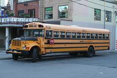 2008-05-21_06-07-03 (djp3000) Tags: toronto bus schoolbus northyork