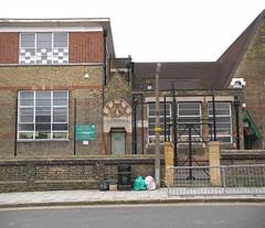 rubbish waste tottenham dumping haringey greenbag thegreen somersetroad londonn17 thegreenchurchofenglandprimaryschool