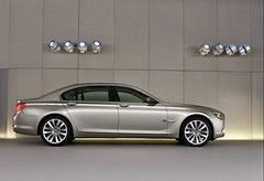 2009 BMW 7 Series pics