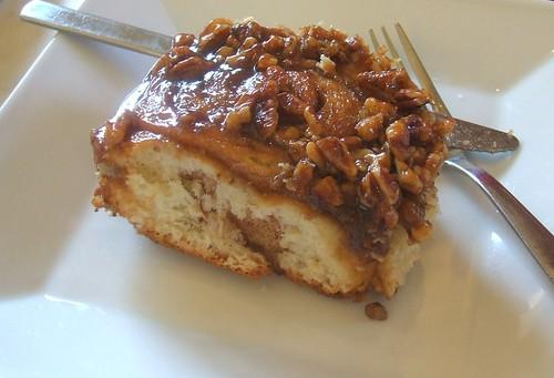 Cinnamon nut roll