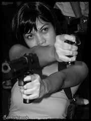 tomb raider @ cosplay (teen) (endangered chiq) Tags: gun cosplay photowalk moa tombraider excellence yougotit plus4 inspiredbylove rhane plus4excellence invitedphotosonlyplus4 flickristasindios indiosssjuly12 endangeredchiq