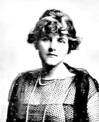 Dorothy Annan Harder 1922 - Passport Photo (puzzlemaster) Tags: photos shipwreck passport titanic sinking whitestarline
