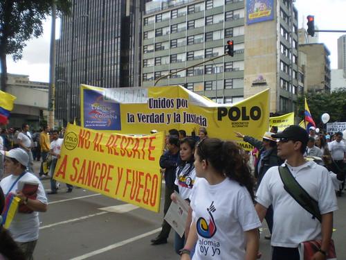 Marcha 20 de julio - Pancartas Polo Democrático