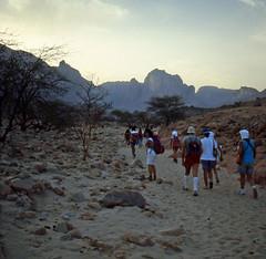 Salita a Jabbaren (alfjodor) Tags: sahara algeria travels adventure viaggi reportage avventura djanet 3opelnelsahara saharacrossing jabbaren