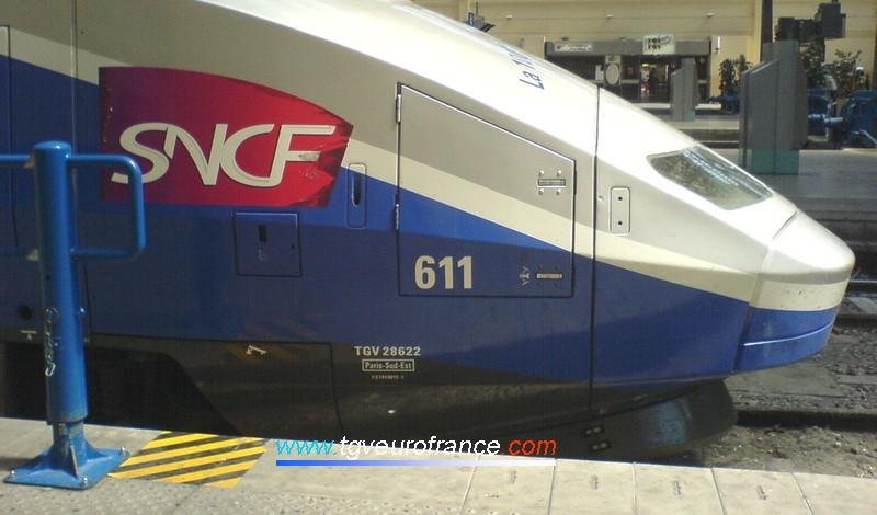 """Détail de la motrice paire de la rame TGV RD 611 dont le dépôt d'attache est """"Paris Sud-Est"""" (Technicentre SNCF de Villeneuve Saint-Georges)"""