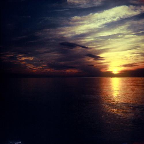 フリー画像| 自然風景| 雲の風景| 海の風景| 水平線/地平線| 夕日/夕焼け/夕暮れ| アメリカ風景|     フリー素材|
