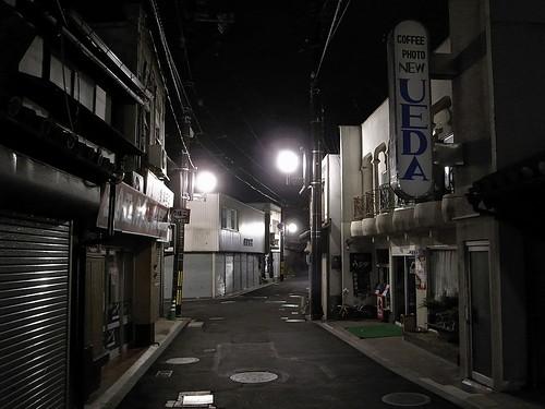 街灯のある通り