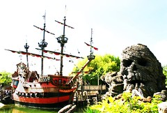 A Pirate's Life For Me... (easyqueenie) Tags: ship pirates disney adventureland pirateship disneylandparis skullrock disneylandpark