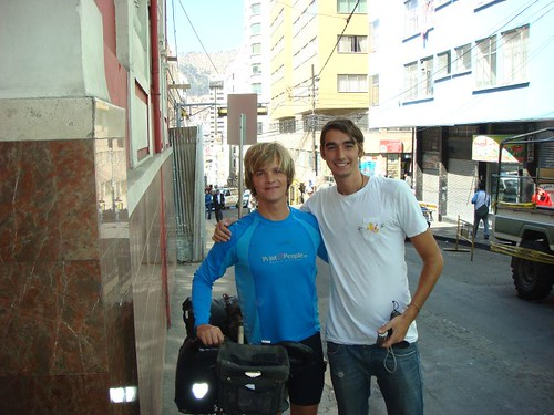 Leaving La Paz. Nicolai and Swedish Phillip from Loki Hostal.