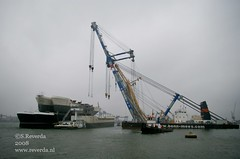 Talking about heavy lifting ! (sjoerd_reverda) Tags: 2 industry port pier rotterdam floating cranes maritime heavy coaster barge pontoon coasters lifting barges waalhaven