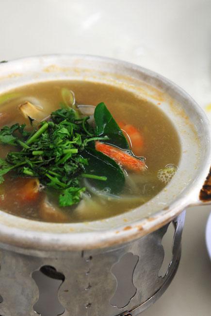Seafood tom yam - DSC_4340