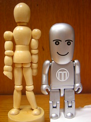 Relaciones humanoides I (::: Mer :::) Tags: robot wooden doll drawing modelo dummy dibujo relationships humanoid relaciones articulado humanoides