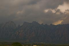 Tormenta sobre Montserrat (Maria J. Muñoz) Tags: barcelona montserrat tormenta collbató tormentadeverano