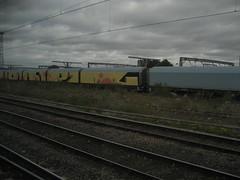 Dorpz (Tatty Seaside Town) Tags: london graffiti graf freight wembley dorps tattyseasidetown october2009