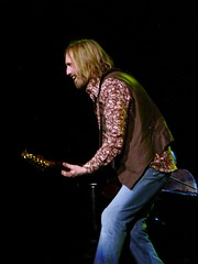 Tom Petty @ Nissan Pavilion Bristow VA June 8, 2008 (kubacheck) Tags: virginia va heartbreak tompetty nissanpavilion heartbreakers