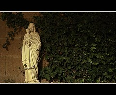Mary (Todd Hershey) Tags: california plants statue wall night canon religious rebel vines raw religion jesus brickwall virginmary babyjesus greenvines xti virginmarystatue canonrebelxti damniwishidtakenthat