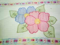 Toalhas de rosto - vagonite (LORENA CRIATIVA) Tags: vagonite flordecroch toalhasdebanhobordadas empontocruz