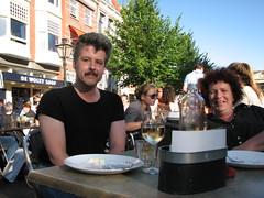met Eelco op het terras... (jansmetsfoto) Tags: leiden smilingdavinci eelcokruidenier annemieverreydt