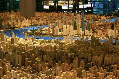 2738407876 1b46aaf289 Maquete de 100m² mostra Shanghai em 2020