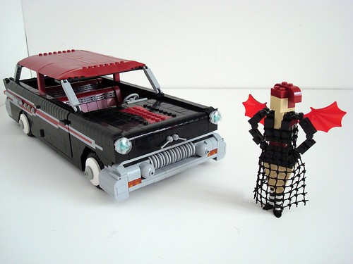Lego Sue And Her '57 Pontiac Safari!
